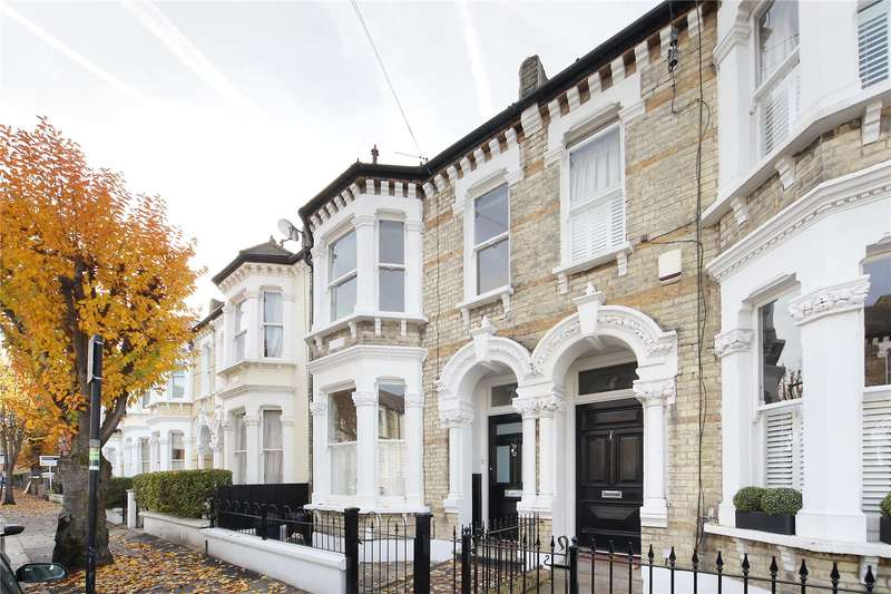 3 Bedrooms Flat for sale in Montholme Road, Battersea, London, SW11
