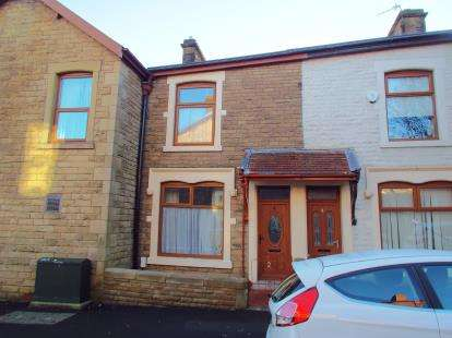 2 Bedrooms Terraced House for sale in Avondale Road, Darwen, Lancashire, BB3