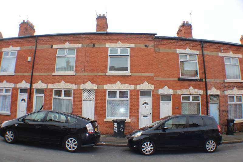 3 Bedrooms Terraced House for sale in Stanhope Street, Leicester, LE5