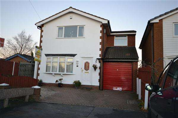 4 Bedrooms Detached House for sale in Bleasdale Ave, Blackpool