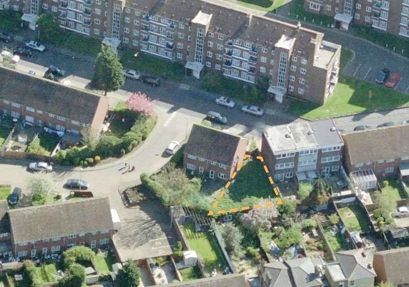 Land Commercial for sale in Radnor Road, London