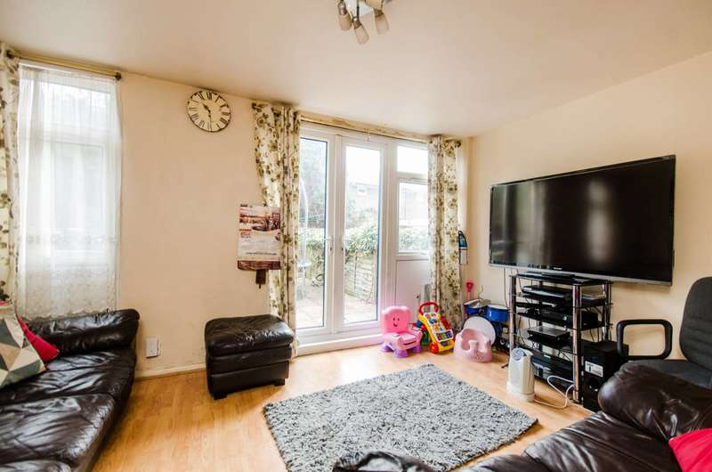 2 Bedrooms End Of Terrace House for sale in Caletock Way, Greenwich, SE10