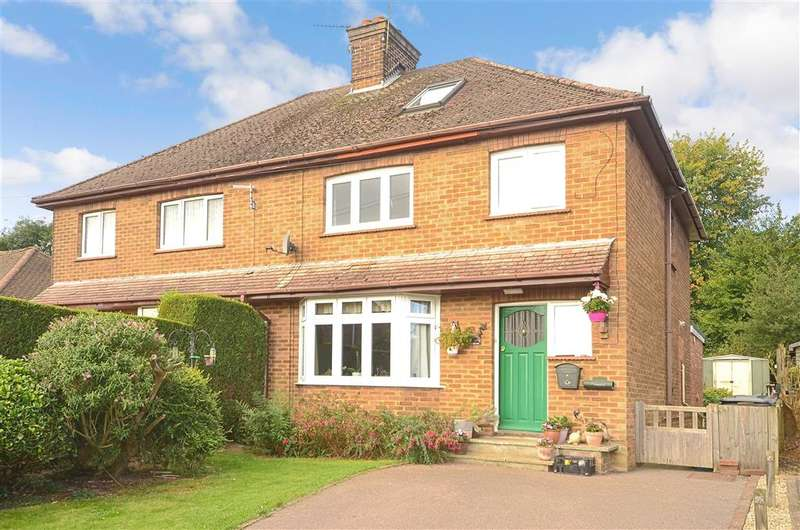 4 Bedrooms Semi Detached House for sale in North Beeches Road, Crowborough, East Sussex