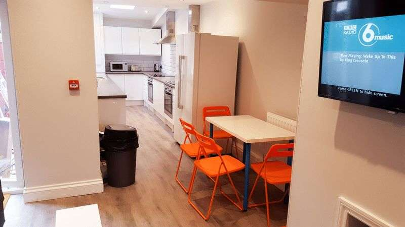 6 Bedrooms House for rent in Cameron Street, Liverpool