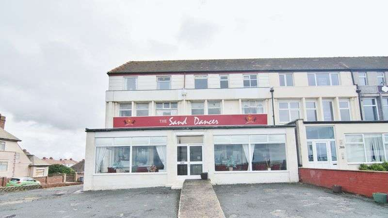 9 Bedrooms Property for sale in Queens Promenade , Blackpool FY2 9AD