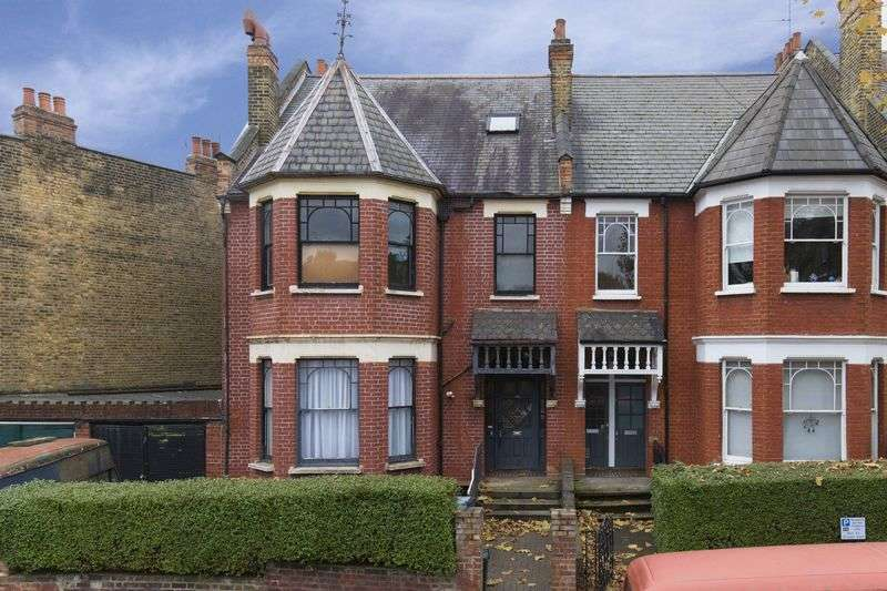 5 Bedrooms Terraced House for sale in Stapleton Hall Road, N4