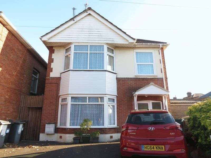 2 Bedrooms Flat for sale in Bingham Road, Bournemouth