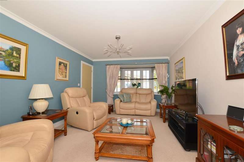 4 Bedrooms Link Detached House for sale in Larch End, Minster On Sea, Sheerness, Kent