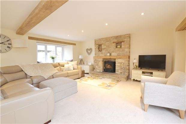 5 Bedrooms Detached House for sale in Bushey Drive, CLANFIELD