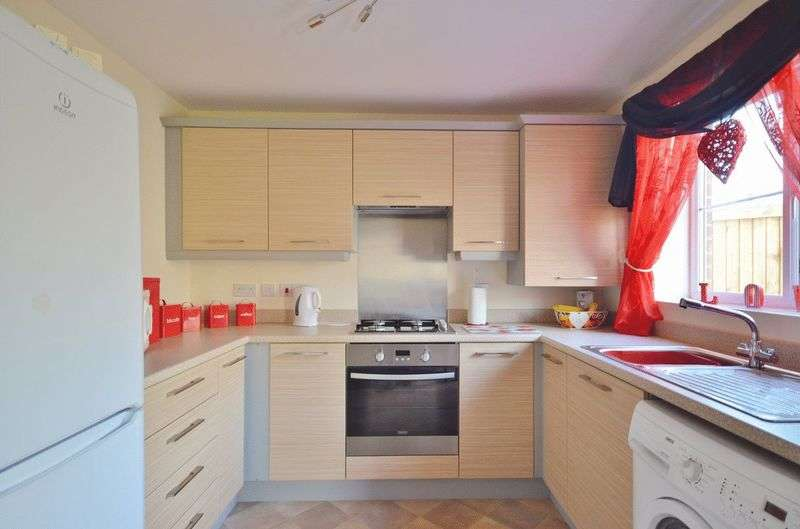 3 Bedrooms Semi Detached House for sale in Weavers Avenue, Frizington