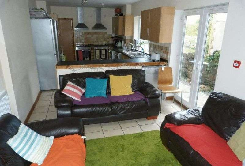 8 Bedrooms Terraced House for rent in Miskin Street, Cardiff