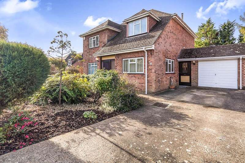 4 Bedrooms Detached House for sale in Pincroft Wood, Longfield, DA3