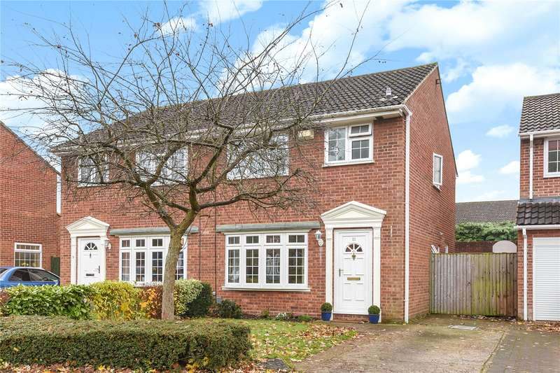 3 Bedrooms Semi Detached House for sale in Gresham Way, Frimley Green, Camberley, Surrey, GU16