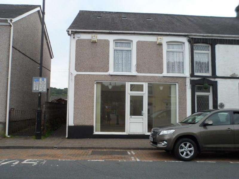 3 Bedrooms Terraced House for sale in Heol Eglwys, Ystradgynlais, Swansea