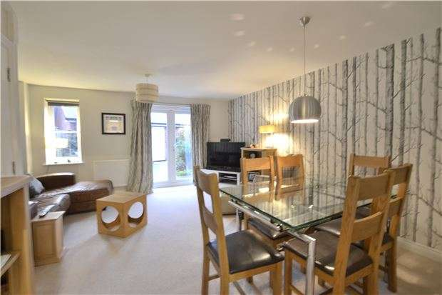 4 Bedrooms Town House for sale in 3 Sapphire Way, Brockworth, GL3 4FB