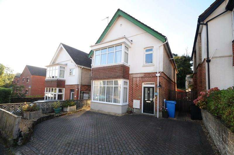 4 Bedrooms Detached House for sale in Vale Road, Lower Parkstone, Poole