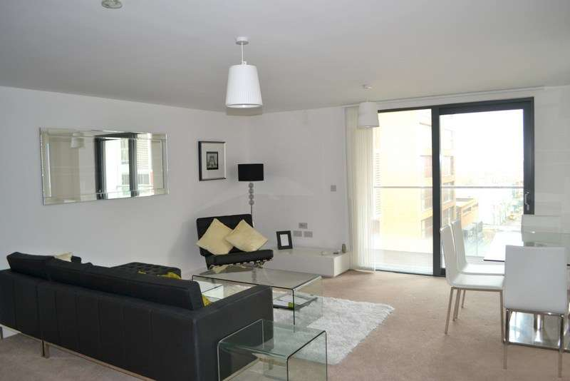 3 Bedrooms Flat for sale in Dekker Tower, Dalston Square, Dalston