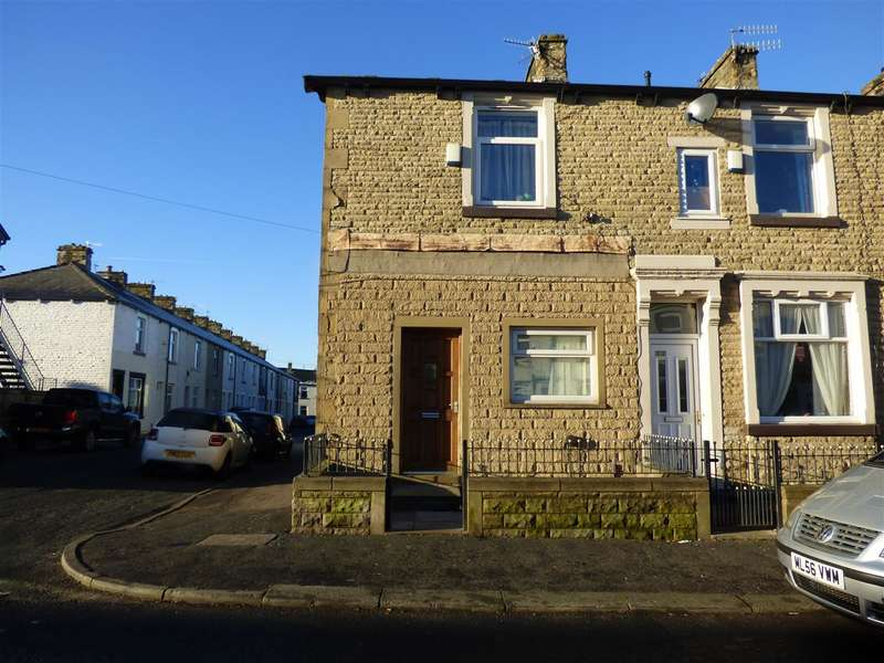 3 Bedrooms End Of Terrace House for sale in Coal Clough Lane, Burnley