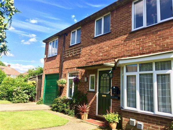 5 Bedrooms Semi Detached House for sale in Raymond Road, Langley, Slough