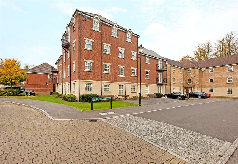 2 Bedrooms Flat for sale in Telford Court, Old College Road, Newbury, Berkshire, RG14