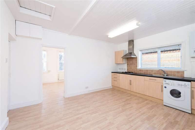 1 Bedroom Flat for sale in Grosvenor Road, Hanwell, London, W7