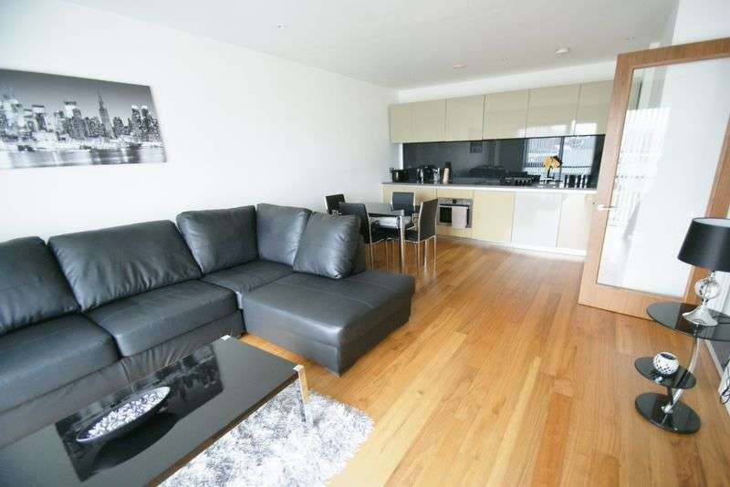 2 Bedrooms Flat for sale in William Jessop Way, Liverpool