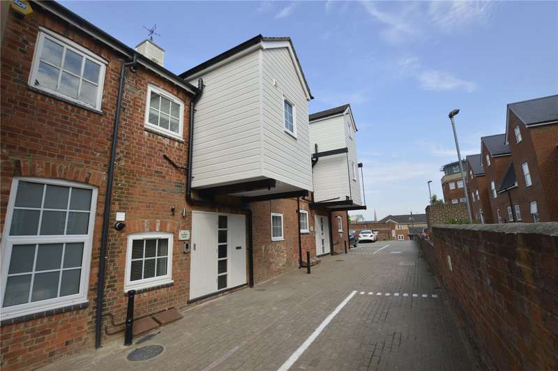 2 Bedrooms Apartment Flat for rent in London Court, East Street, Reading, Berkshire, RG1