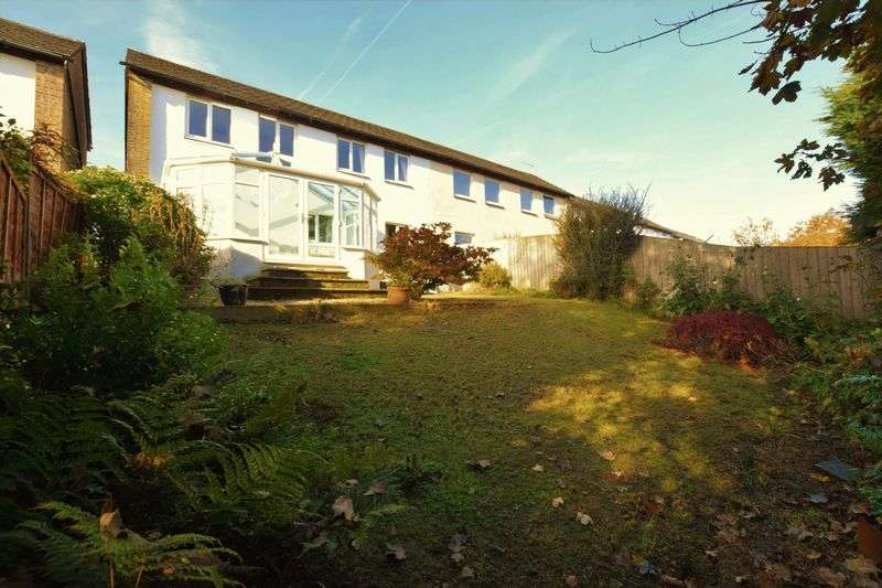 3 Bedrooms Semi Detached House for sale in Gendalls Way, Launceston