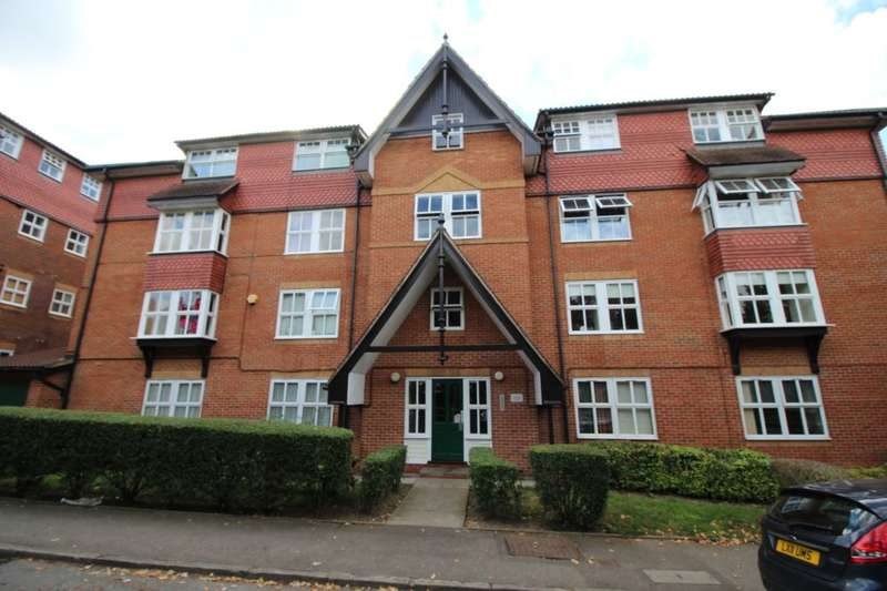 2 Bedrooms Flat for sale in Bramber Court Bow Arrow Lane, Dartford, DA2