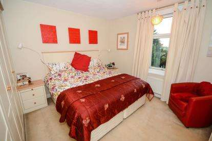 2 Bedrooms Terraced House for sale in Mill Road, Lincoln, Lincolnshire