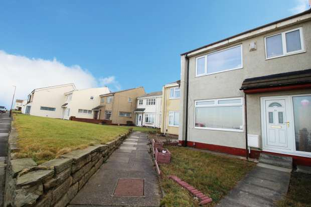 3 Bedrooms Terraced House for sale in Sea View Terrace, Hartlepool, Cleveland, TS24 0ET