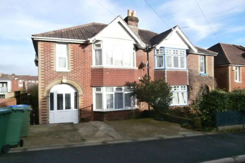 7 Bedrooms Semi Detached House for rent in Sirdar Road, Southampton, SO17