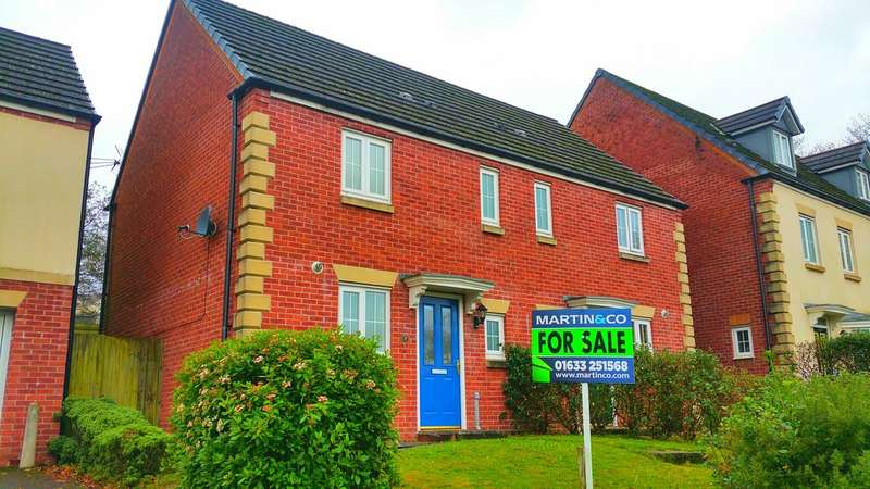 2 Bedrooms Semi Detached House for sale in Field Close, Pontllanfraith, Blackwood