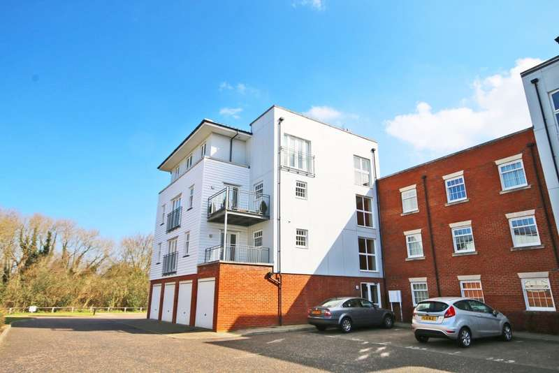 2 Bedrooms Apartment Flat for sale in Waters Edge, Canterbury