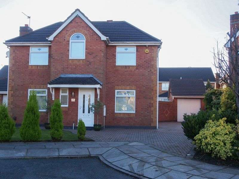 4 Bedrooms Detached House for sale in Cypress Close,