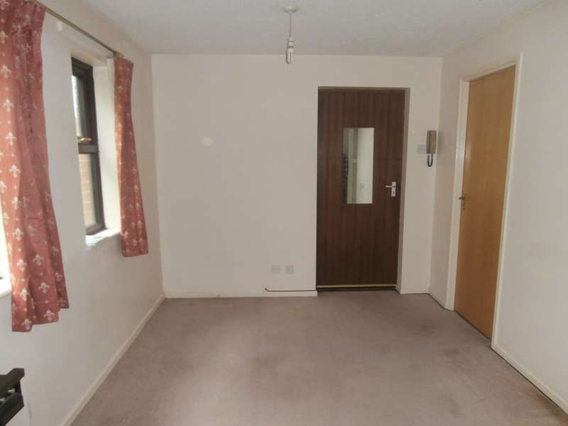 1 Bedroom Studio Flat for sale in Perton, Wolverhampton