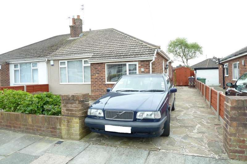 2 Bedrooms Bungalow for sale in Fieldhouse Avenue, Thornton Cleveleys, Lancashire, FY5 4ER
