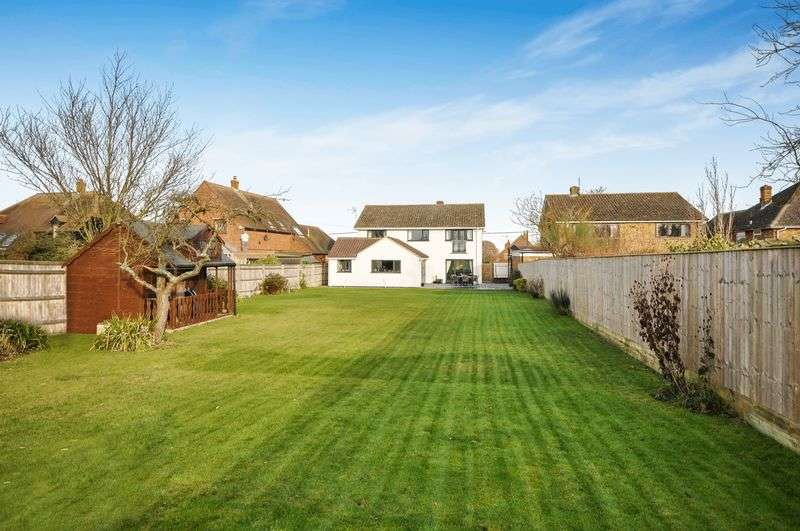 Property for sale in Henton