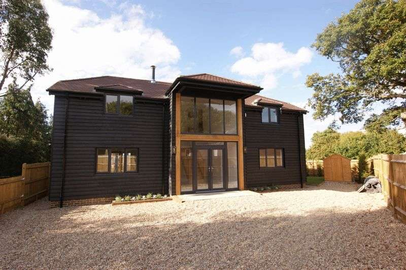 5 Bedrooms Detached House for sale in Fareham Park Road, Fareham