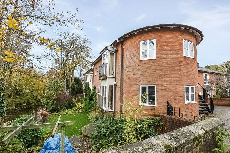 2 Bedrooms Apartment Flat for sale in Wharf Hill, Winchester, SO23