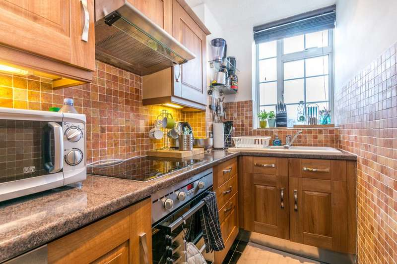Studio Flat for sale in Spring Street, Paddington, W2