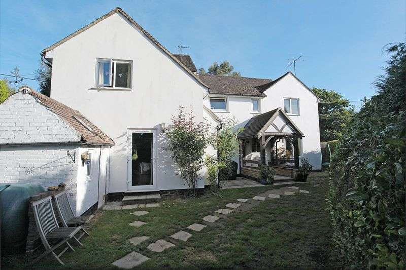 3 Bedrooms Detached House for sale in Old Forge Lane, Horney Common, East Sussex
