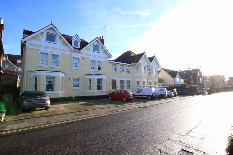 2 Bedrooms Ground Flat for sale in ULWELL ROAD, SWANAGE