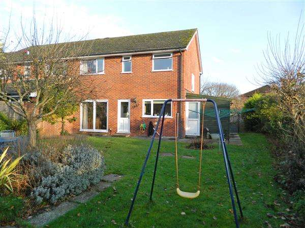 3 Bedrooms House for sale in Highfield Close, Easebourne, Midhurst, West Sussex, GU29