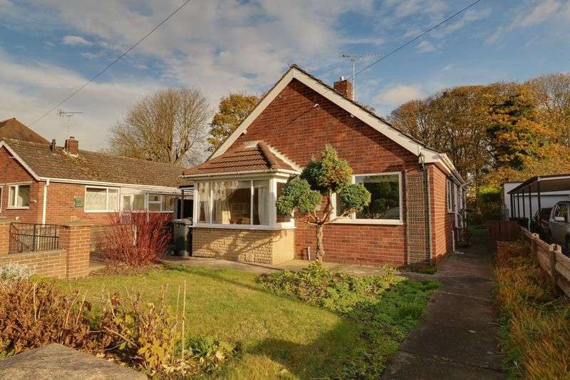 3 Bedrooms Detached Bungalow for sale in Manley Gardens, Brigg