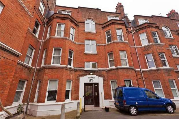 2 Bedrooms Flat for sale in Elms Crescent, London