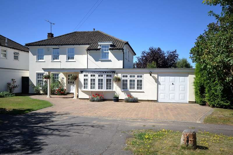 5 Bedrooms Detached House for sale in Emmer Green