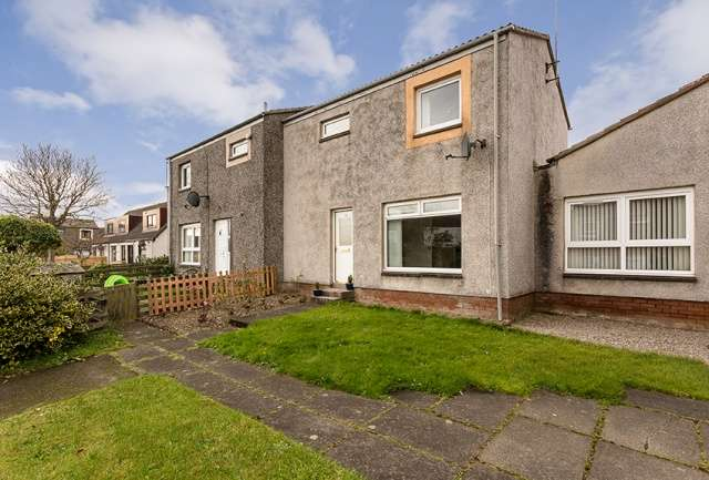 2 Bedrooms Terraced House for sale in Turnstone Court, Newtonhill, Stonehaven, Aberdeenshire, AB39 3XG