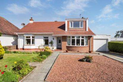 4 Bedrooms Detached House for sale in Hunter Crescent, Troon