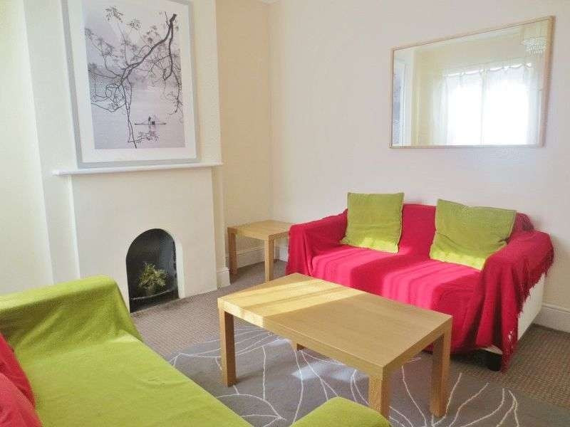 4 Bedrooms Terraced House for rent in Totland Road, Brighton